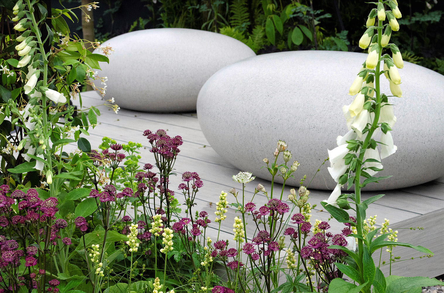 A view of Rae Wilkinson's award winning 'Space Within' show garden design at RHS Chatsworth 2019