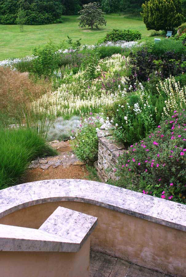 Flowering Functionality - Rae Wilkinson Garden and ...
